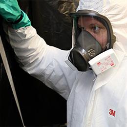 Ochrona pracowników podczas usuwania azbestu